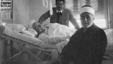 صورة الشيخ محمد بهجت البيطار يزور الرئيس فارس الخوري في مشفى المجتهد 1960