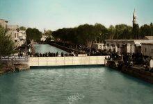 صورة صورة نادرة لنهر بردى و جسر فيكتوريا المصنوع من الخشب و الحديد عام 1870