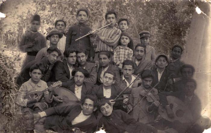 أول فرقة موسيقية أرمنية في مدينة حلب شكلها الارمن المهاجرين بعد المجازر عام 1924