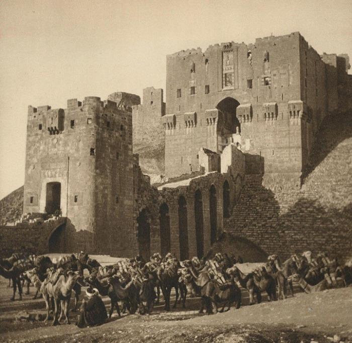 حلب: القلعة عام 1925