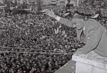 صورة جمال عبد الناصر في حمص عام 1960 بمناسبة عيد الوحدة
