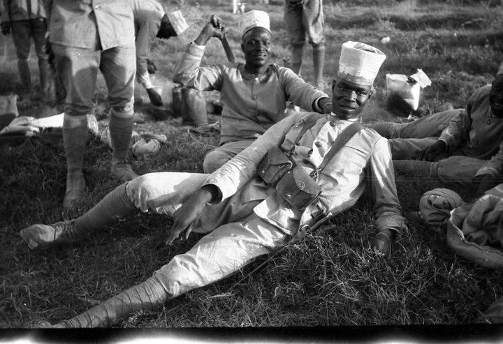 دمشق 1926 - مجموعة من الجنود السنغال التابعين لجيش المشرق الفرنسي