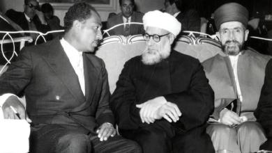 أنور السادات مع مفتي الجمهورية السورية 1957