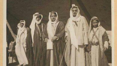 صورة قبيلة عنزة… الأمير مجحم مع أبنائه عام 1938