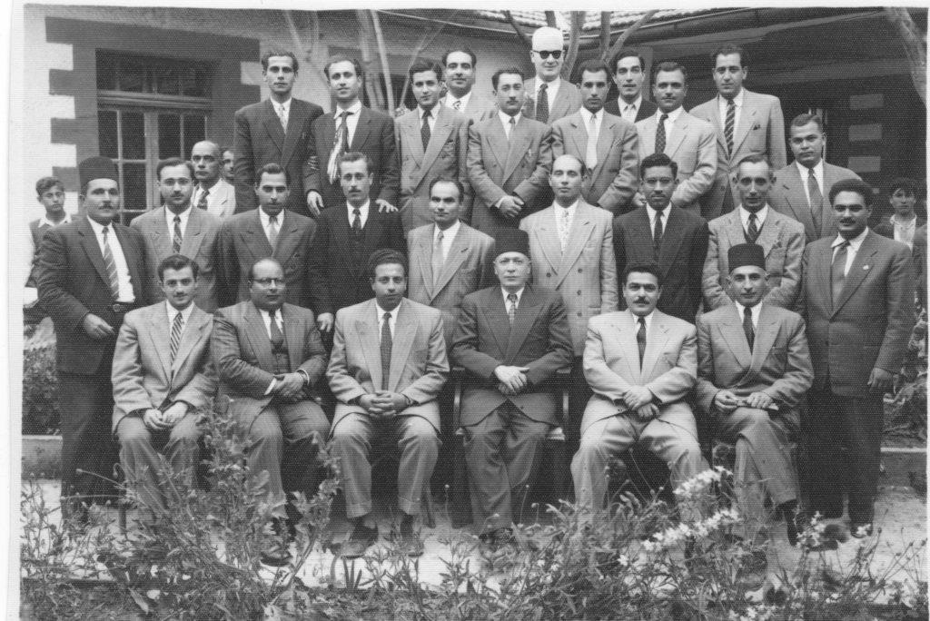 الهيئة التعليمية لثانوية المعري (التجهيز الثالثة) بحلب 1950- 1951