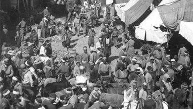 الحركة التجارية في شارع الحلوانيين في بداية القرن العشرين