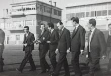 صورة أعضاء من قيادة حزب البعث في مطار المزة 1965