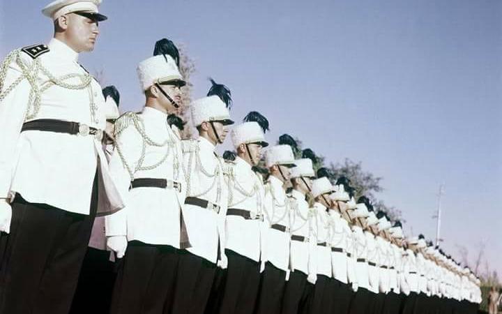 حمص : أداء القسم من بعض الخريجين من طلبة الكلية الحربية عام 1957