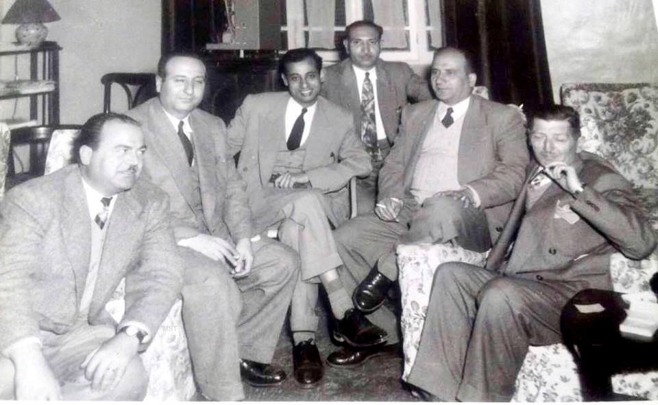 عدنان محي الدين في أول اجتماع نقابي للصحفيين في حلب عام 1955
