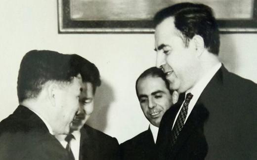 نور الدين الأتاسي ومروان حبش في استقبال نائب رئيس الوزراء الكوري شباط 1970