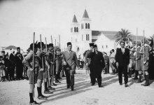 صورة المحافظ مظهر رسلان عند وصوله إلى ملعب كرة القدم في اللاذقية 1937