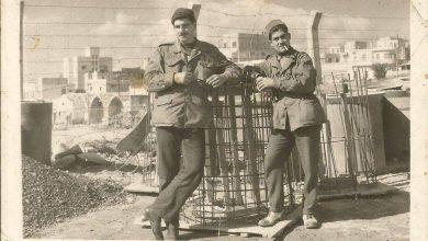 اللاذقية 1960 :إثنان من العمال أثناء توسعة المرفأ  ..