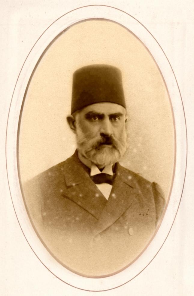 عمرو الملاّح: نافع باشا الجابري... هل كان معارضاً للسلطان عبدالحميد الثاني أم مهادناً له؟