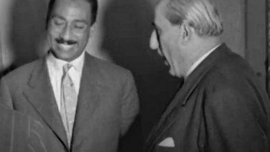 الرئيس شكري القوتلي وأنور السادات في دمشق 1957