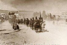 صورة دمشق 1918-القوات الهندية من جسر فيكتوريا الى ساحة الحجاز