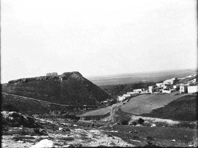حارِم 1905 - القلعة والمدينة