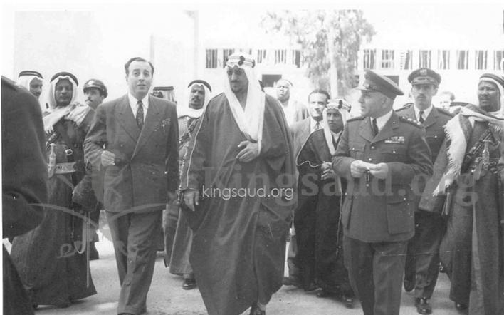 سعود بن عبد العزيز في متحف دمشق