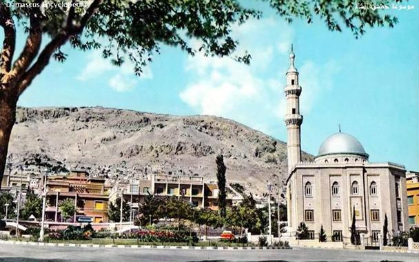 دمشق - ساحة الروضة و حديقة أبو العلاء المعري في نهاية الخمسينات