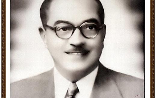 صورة الطبيب محمود خضر الريس.. أول رئيس لنقابة الأطباء في حماة ..