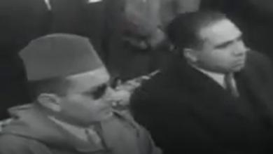 الملك المغربي أثناء زيارته لمدينة دمشق ومخيم اليرموك