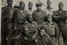 صورة مجوعة من الجنود السوريين قرب بحيرة طبريا 1951