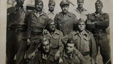 مجوعة من الجنود السوريين قرب بحيرة طبريا ١٩٥١