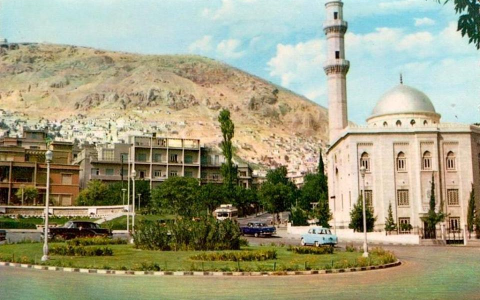 دمشق - ساحة الروضة وحديقة أبو العلاء المعري في مطلع الستينيات