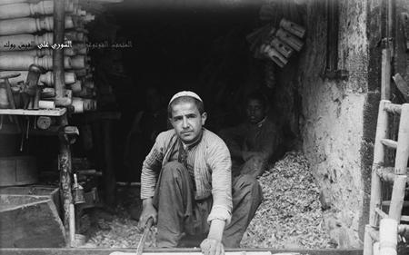 دمشق مطلع القرن العشرين- صناعة الكراسي الخشبية