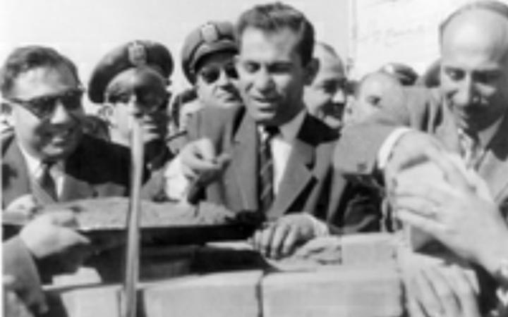 رجل من الزمن الماضي.. جادو عز الدين