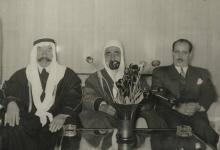 صورة علي بوظو وزير الداخلية السوري مع سلطان الاطرش 1954