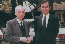 ميشيل عفلق مع نقولا الفرزلي في صيف 1985
