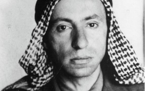 ميشيل عفلق عام 1948 في فلسطين حين قاد مجموعة من المتطوعين البعثيين