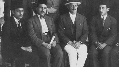 صورة خالد معاذ مع مدير المعهد المعهد الفرنسي للأثار والفنون الاسلامية في قصر العظم
