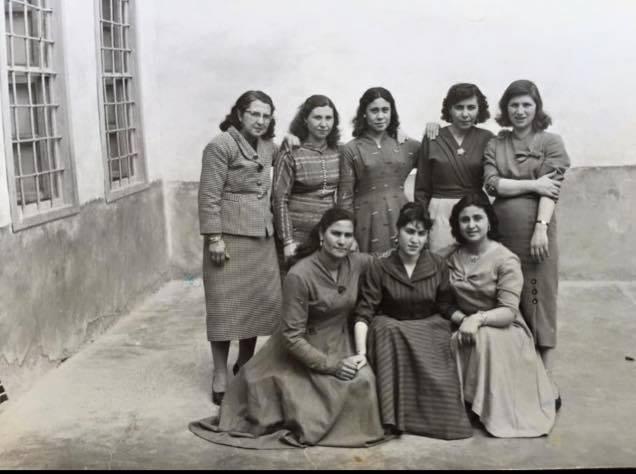 Deir ez-Zor 1959 - eine Gruppe von Lehrerinnen der Schule Ghranata