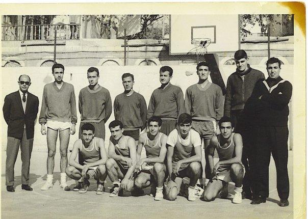 فريق جامعة دمشق لكرة السلة عام 1961