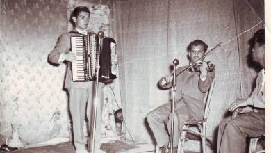 السويداء 1959 - سلمان البدعيش في إحدى الحفلات المدرسية على مسرح ثانوية البنات