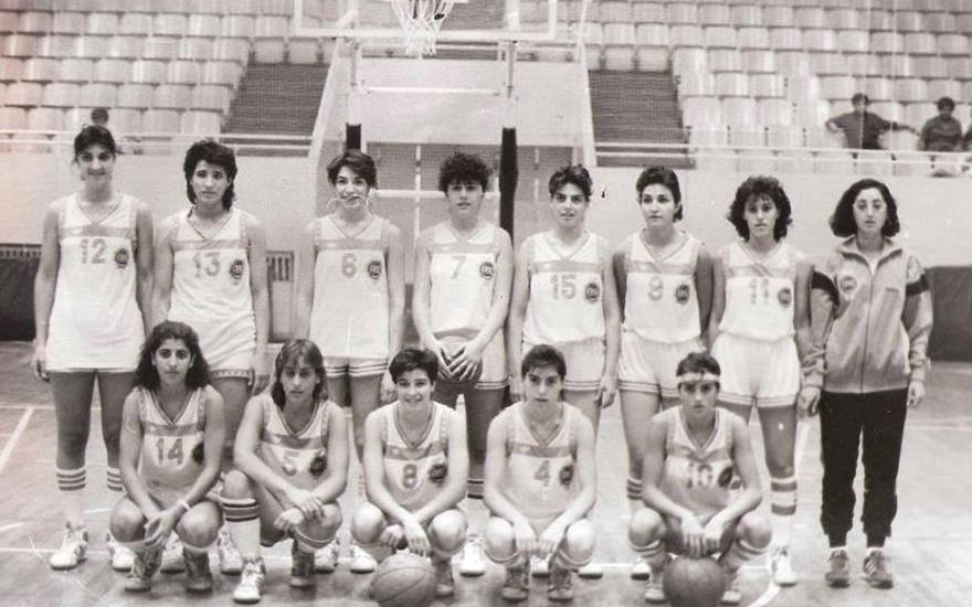 منتخب سورية للسيدات بكرة السلة المشارك بدورة البحر الأبيض المتوسط عام 1987