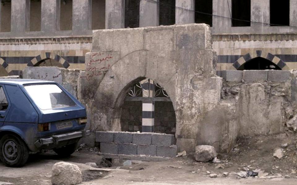 دمشق – مدخل المدرسة الشامية الكبرى قبل الترميم  (25)