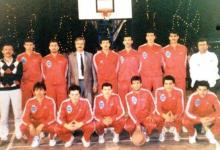 صورة المنتخب السوري لكرة السلة في الهند عام 1990