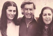 صورة مصطفى العقاد مع منى واصف خلال تصوير فيلم الرسالة عام 1976
