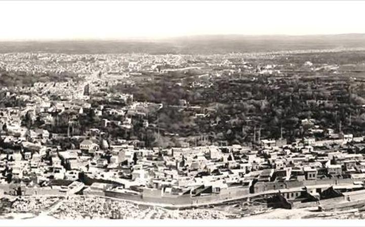 مدينة دمشق وريفها من جبل قاسيون عام 1914