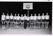 صورة المنتخب السوري بكرة السلة المشارك في دورة ألعاب البحر الأبيض المتوسط في برشلونة 1955