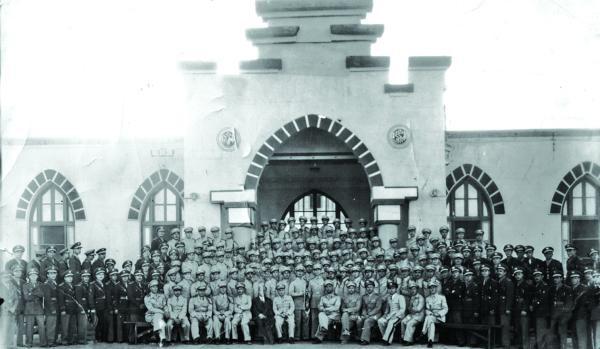 صورة دورة الكلية الحربية في حمص عام 1949