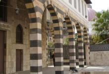 صورة دمشق – المدرسة الشامية .. واجهة باب التربة الحسامية بعد الترميم (33)