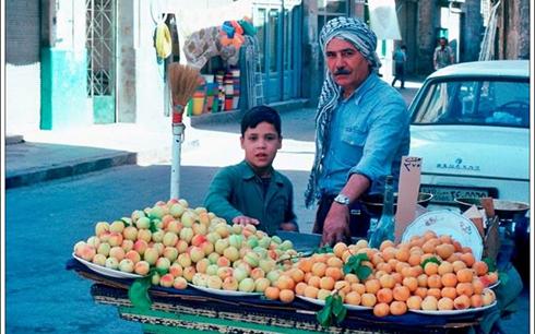 دمشق 1983- تقاطع جادة كرجية حداد مع الحارة المؤدية لمسجد المرادي