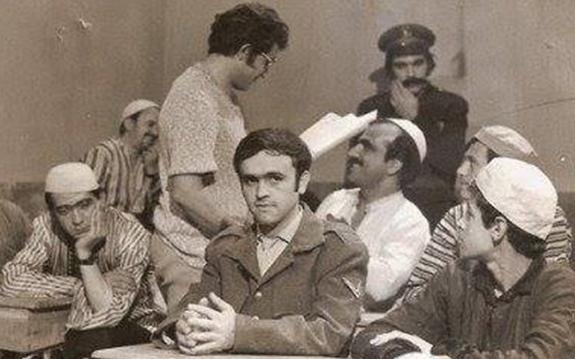 الفنان ياسر العظمة في مسلسل الشاطر والمشطور 1974