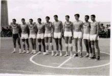 صورة منتخبا دمشق وحلب  في كرة السلة – الرقة 1967