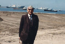 اللاذقية - الشاعر محمد مهدي الجواهري أثناء توسيع المرفأ اوائل الثمانينات