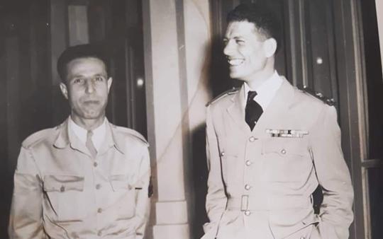 صورة عدنان المالكي ونقولا سلامة في نادي ضباط موقع دمشق 1954