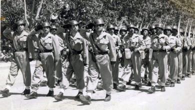 صورة الاستعراض العسكري بمناسبة عيد الجلاء في دمشق عام 1955